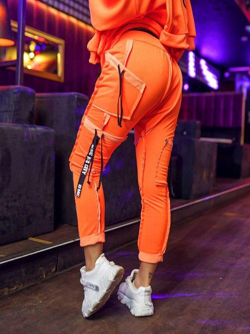 pomaranczowe-neonowe-spodnie-damskie-z-przeszyciami-i-tasmami