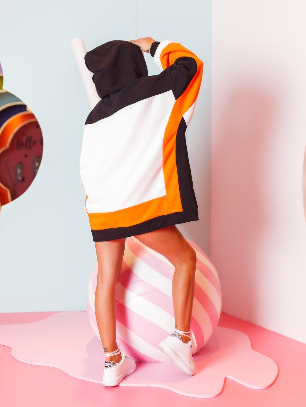 czarno-pomaranczowo-neonowa-bluza-damska-hasztag-serduszko