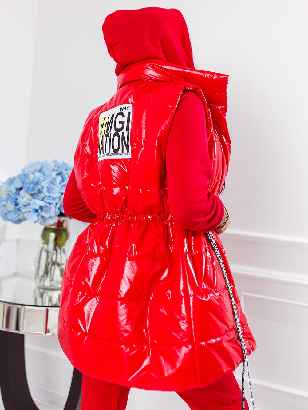 czerwony-komplet-3-czesciowy-damski-z-bezrekawnikiem (1)