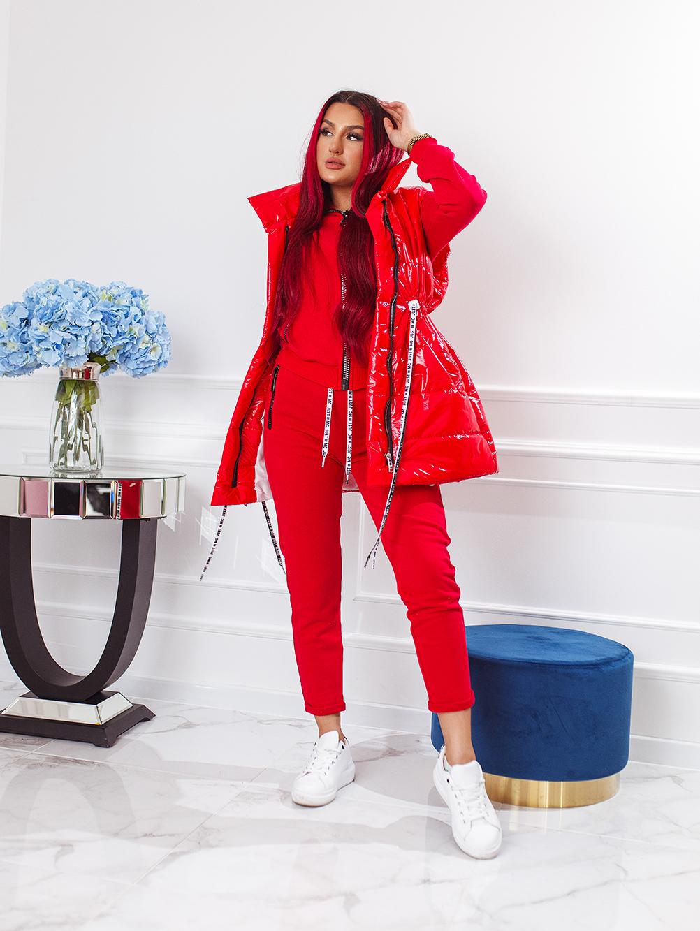 czerwony-komplet-3-czesciowy-damski-z-bezrekawnikiem (3)