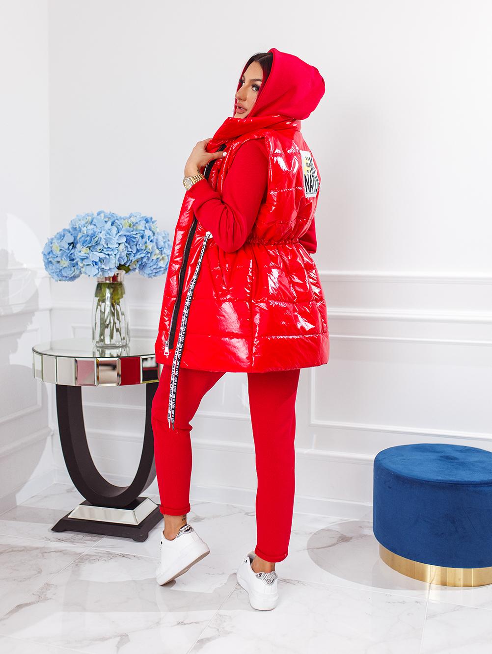 czerwony-komplet-3-czesciowy-damski-z-bezrekawnikiem (7)