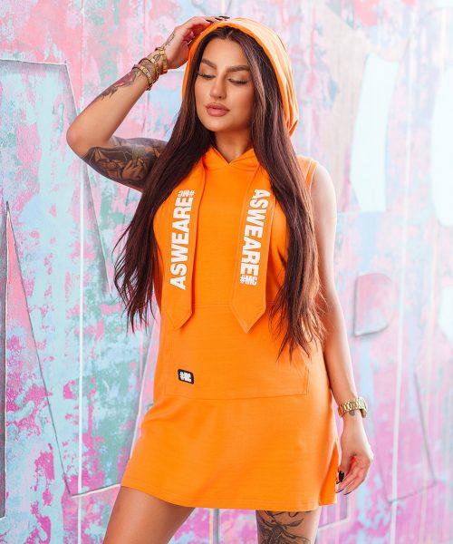 pomaranczowa-sukienka-damska-z-kapturem-i-duza-kieszenia-z-przodu (2)