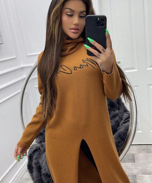 camelowy-sweter-damski-dlugi-z-rozcieciem-i-npisem-miss-city (2)
